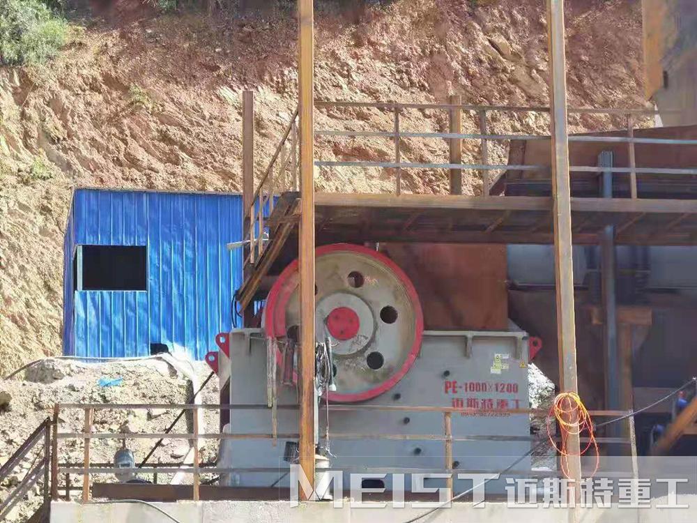 时产500吨鹅卵石碎石生产线现场