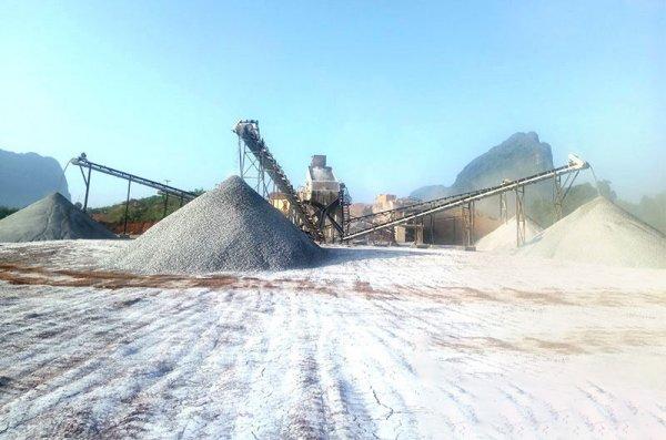 石料破碎设备日产量大概多少吨?